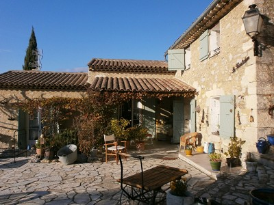 Image 2 | 2 bedroom farmhouse for sale with 0.47 hectares of land, Lorgues, Var , Provence 176592