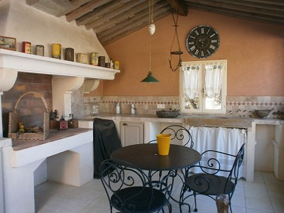 Image 4 | 2 bedroom farmhouse for sale with 0.47 hectares of land, Lorgues, Var , Provence 176592