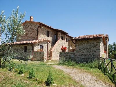 4 bedroom farmhouse for sale, Monte San Savino, Arezzo, Chianti Wine Region