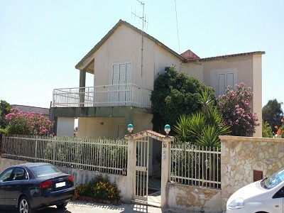 Image 3 | 2 bedroom villa for sale with 150m2 of land, Trapani, Sicily 176651