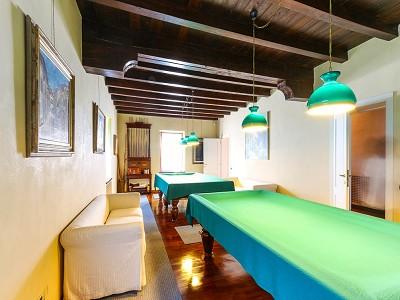 Image 12   9 bedroom villa for sale with 0.46 hectares of land, Torri del Benaco, Verona, Lake Garda 177312