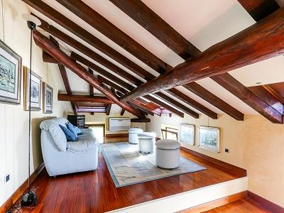Image 15   9 bedroom villa for sale with 0.46 hectares of land, Torri del Benaco, Verona, Lake Garda 177312
