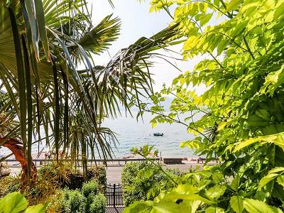 Image 8   9 bedroom villa for sale with 0.46 hectares of land, Torri del Benaco, Verona, Lake Garda 177312