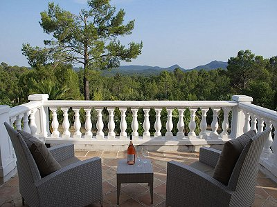 Image 6 | Delightful  4 Bedroom Property for Sale in Seillans,  Provence.  177470