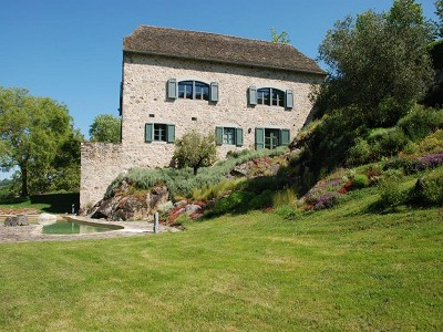 Image 7 | 8 bedroom farmhouse for sale with 69,000m2 of land, Najac, Aveyron , Midi-Pyrenees 177694