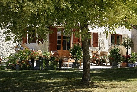 Image 4 | 6 bedroom house for sale with 0.42 hectares of land, Verteillac, Dordogne , Dordogne Perigord Vert 177750