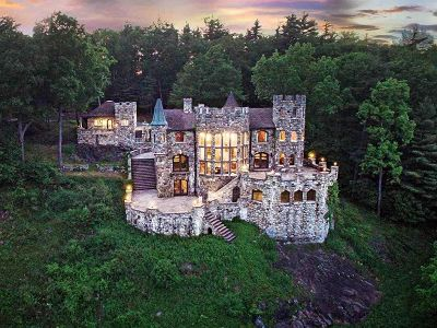 Image 1 | Highlands Castle in Bolton Landing, New York State for sale 177787