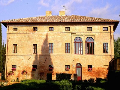 11 bedroom hotel for sale, Montalcino, Siena, Tuscany