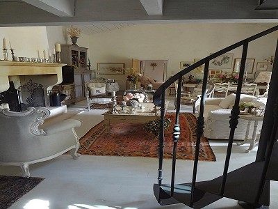 Image 9 | 2 bedroom farmhouse for sale with 600m2 of land, Uzes, Gard , Languedoc-Roussillon 178276