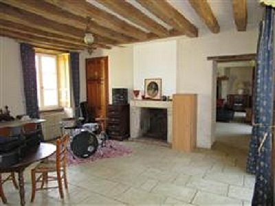 Image 4 | 3 bedroom farmhouse for sale with 0.8 hectares of land, La Fleche, Sarthe , Loire Valley 178293