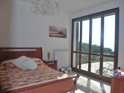 Image 13   4 bedroom villa for sale with 2,000m2 of land, Bordighera, Imperia, Liguria 178300