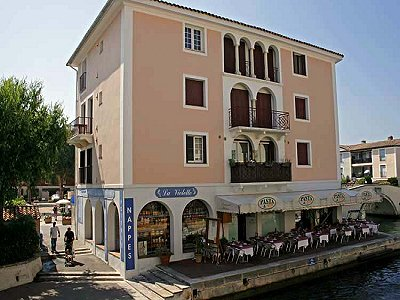1 bedroom apartment for sale, Port Grimaud, Provence French Riviera