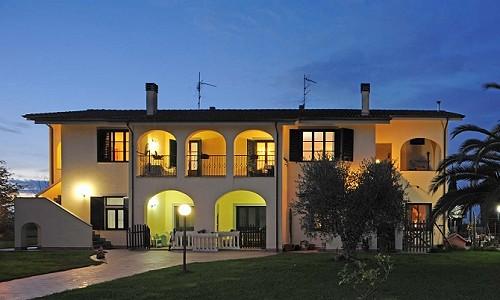 Farmhouse for sale, Migliarino, Pisa, Tuscany