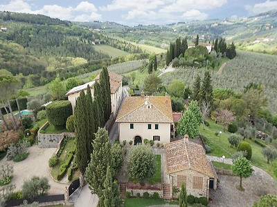 7 bedroom farmhouse for sale, Chianti, Florence, Tuscany