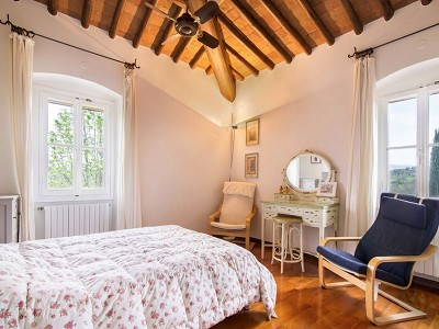 Image 10 | 7 bedroom farmhouse for sale with 2 hectares of land, Chianti, Florence, Tuscany 179293