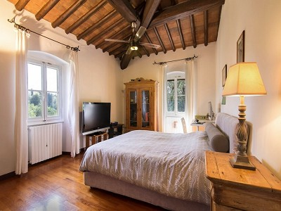 Image 12 | 7 bedroom farmhouse for sale with 2 hectares of land, Chianti, Florence, Tuscany 179293