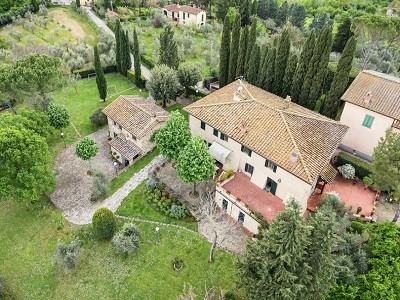 Image 2 | 7 bedroom farmhouse for sale with 2 hectares of land, Chianti, Florence, Tuscany 179293