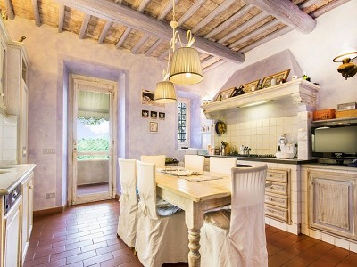 Image 21 | 7 bedroom farmhouse for sale with 2 hectares of land, Chianti, Florence, Tuscany 179293