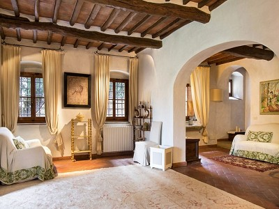 Image 23 | 7 bedroom farmhouse for sale with 2 hectares of land, Chianti, Florence, Tuscany 179293