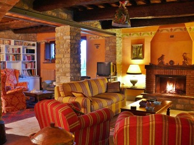 Image 12 | Farmhouse and gite complex in Montegabbione, Umbria for sale with land 179557