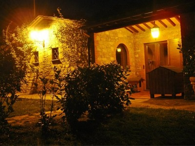 Image 9 | Farmhouse and gite complex in Montegabbione, Umbria for sale with land 179557
