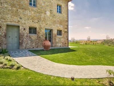 Image 2 | 4 bedroom farmhouse for sale with 0.5 hectares of land, Montaione, Florence, Chianti 179651