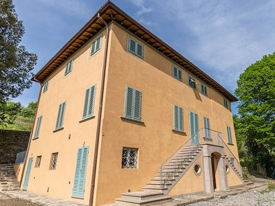 6 bedroom villa for sale, Lucca, Tuscany