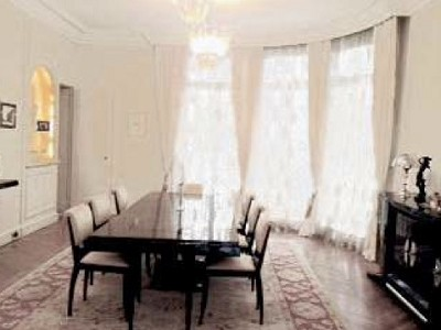 Image 4 | Spacious Apartment for sale in the 16th Arondissement Paris with 3 bedrooms. 179772