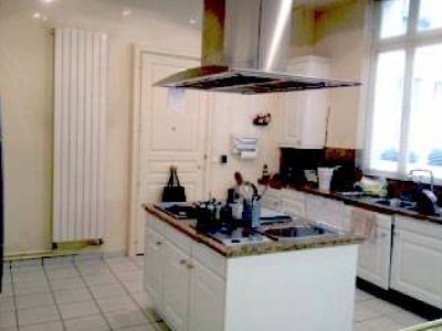 Image 5 | Spacious Apartment for sale in the 16th Arondissement Paris with 3 bedrooms. 179772