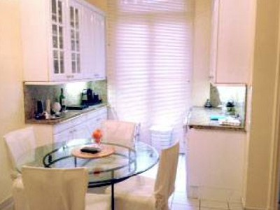 Image 6 | Spacious Apartment for sale in the 16th Arondissement Paris with 3 bedrooms. 179772