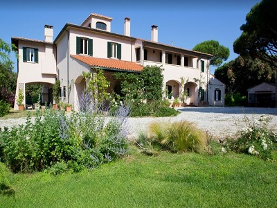 Image 12 | 9 bedroom villa for sale with 68.8 hectares of land, Livorno, Tuscany 179788