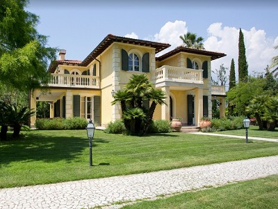 Image 1 | 7 bedroom villa for sale with 0.3 hectares of land, Forte dei Marmi, Lucca, Tuscany 179790