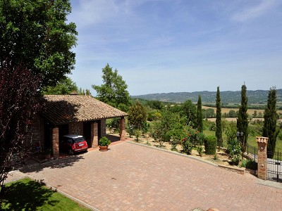 Image 11 | 4 bedroom farmhouse for sale with 0.35 hectares of land, Fabro, Terni, Umbria 179992