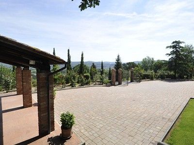 Image 3 | 4 bedroom farmhouse for sale with 0.35 hectares of land, Fabro, Terni, Umbria 179992