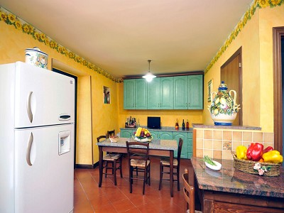 Image 8 | 4 bedroom farmhouse for sale with 0.35 hectares of land, Fabro, Terni, Umbria 179992