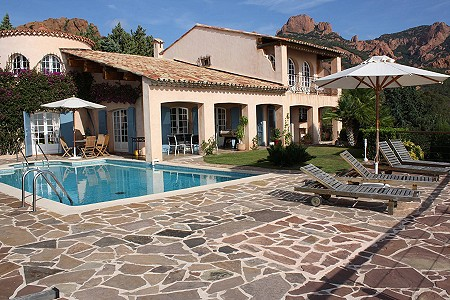 Image 1 | 4 bedroom villa for sale with 1,000m2 of land, Antheor, Var , French Riviera 180264