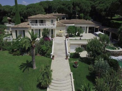 Luxury villa for sale in Saint Tropez with 11 bedrooms