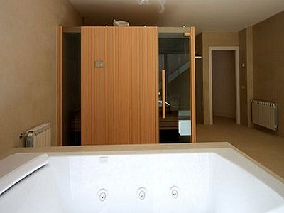 Image 11   4 bedroom villa for sale with 850m2 of land, Lloret de Mar, Girona Costa Brava, Catalonia 180309