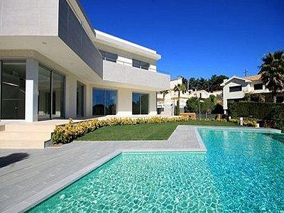 Image 2   4 bedroom villa for sale with 850m2 of land, Lloret de Mar, Girona Costa Brava, Catalonia 180309