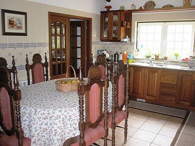Image 19   4 bedroom villa for sale with 1,500m2 of land, Lourinha, Lisbon District, Costa de Prata Silver Coast 180562