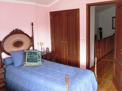 Image 30   4 bedroom villa for sale with 1,500m2 of land, Lourinha, Lisbon District, Costa de Prata Silver Coast 180562