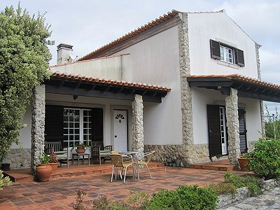 Image 5   4 bedroom villa for sale with 1,500m2 of land, Lourinha, Lisbon District, Costa de Prata Silver Coast 180562