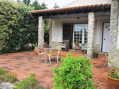 Image 8   4 bedroom villa for sale with 1,500m2 of land, Lourinha, Lisbon District, Costa de Prata Silver Coast 180562
