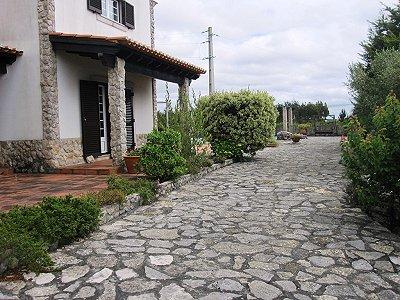 Image 9   4 bedroom villa for sale with 1,500m2 of land, Lourinha, Lisbon District, Costa de Prata Silver Coast 180562