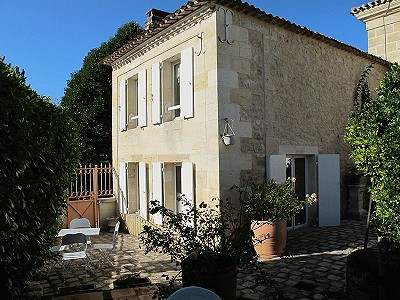 Image 10 | 9 bedroom farmhouse for sale with 7,500m2 of land, Bordeaux, Gironde , Aquitaine 180713