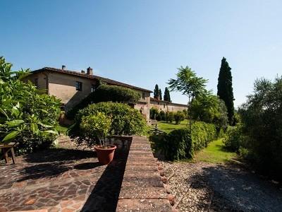 Image 2 | Award Winning Tuscan Vineyard and Wine Estate for sale  180731