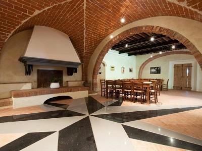 Image 7 | Award Winning Tuscan Vineyard and Wine Estate for sale  180731