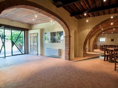 Image 8 | Award Winning Tuscan Vineyard and Wine Estate for sale  180731