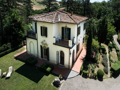 Image 3   Two villas in the countryside near Florence 180825