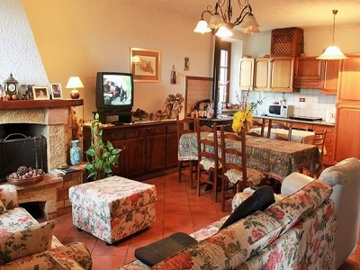 Image 11 | 8 bedroom farmhouse for sale with 2,000m2 of land, Panicale, Perugia, Umbria 180848